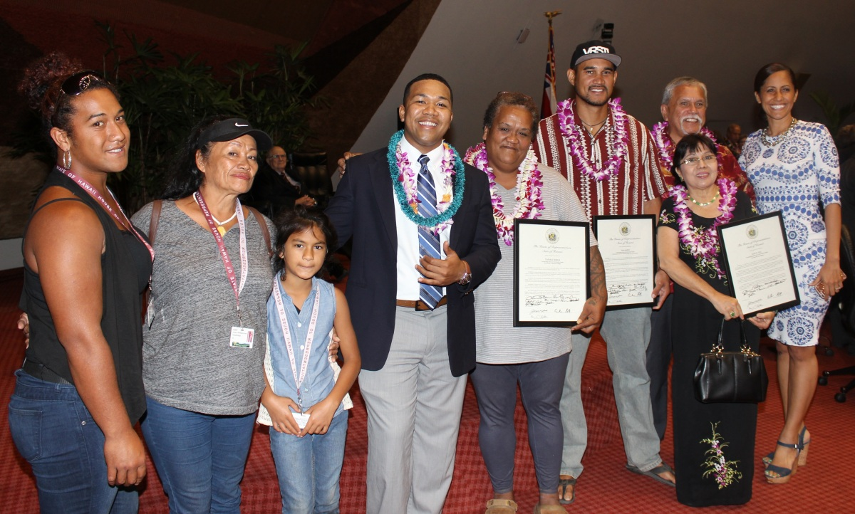 Sam Kapoi, group and Rep Tupola